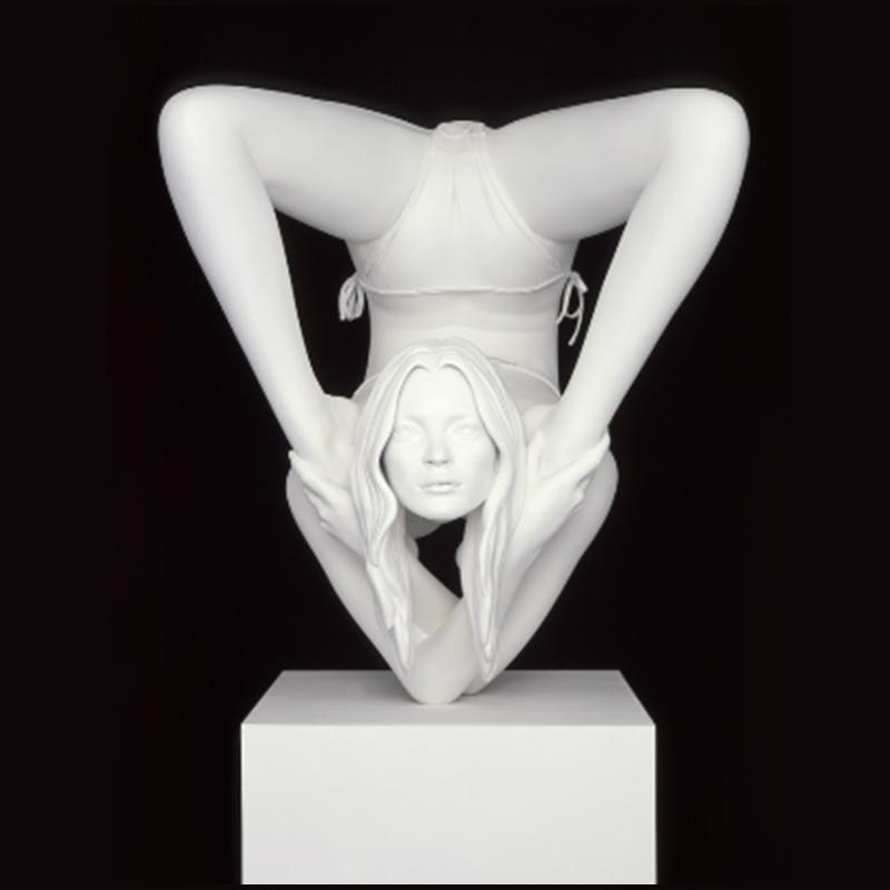 Kate Moss Statue